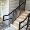 Handrail with bullnose, black